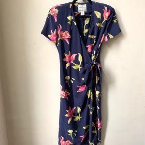 100% Silk Vintage Adrianna Papelle Floral Dress